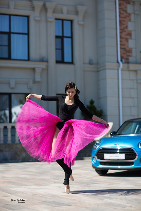 фотосессия балерины с Миникупером